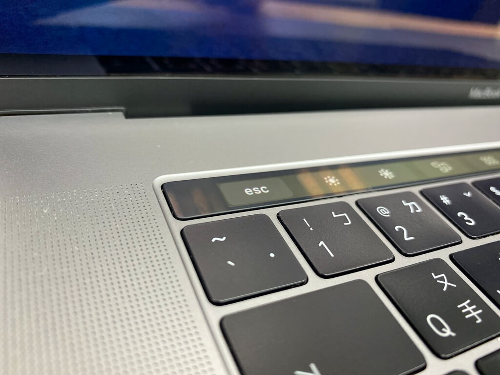 原本ESC按鍵是要透過Touch Bar觸控才能點的